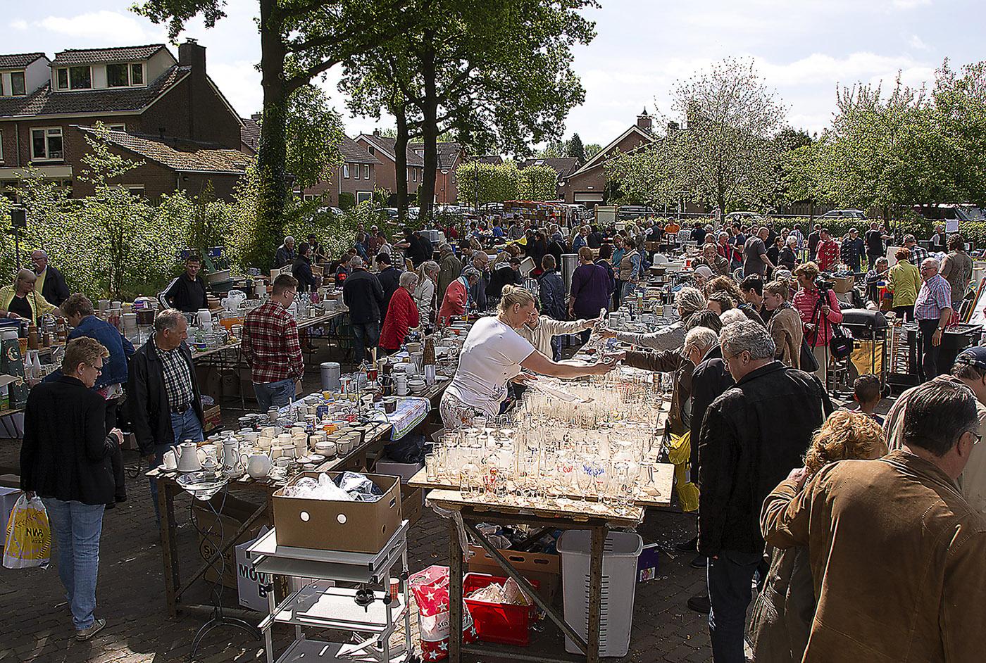 2015 Rommelmarkt_02ajpg
